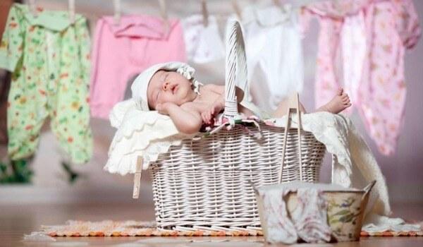 особенности стирки вещей новорожденного