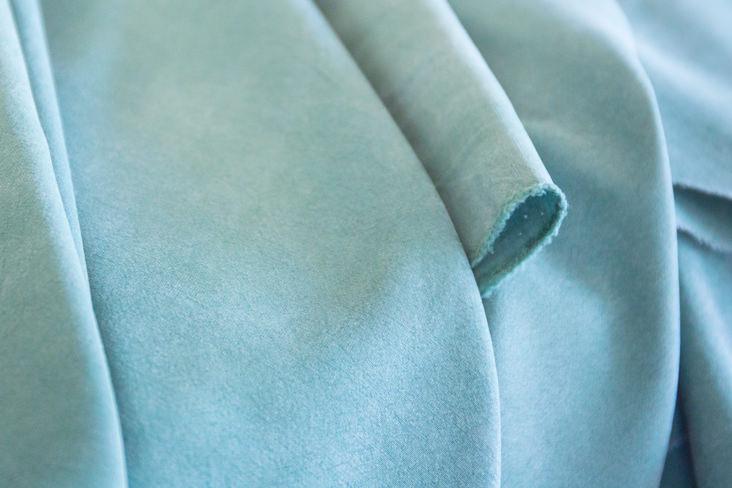 Купить ткань тенцель сшить мужскую толстовку с капюшоном