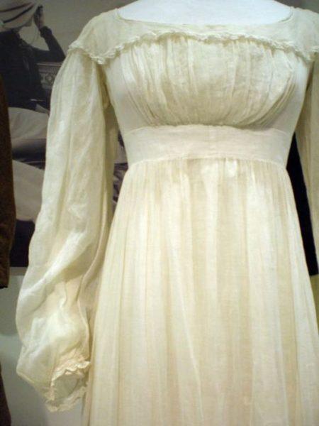 муслин ткань в нежном платье