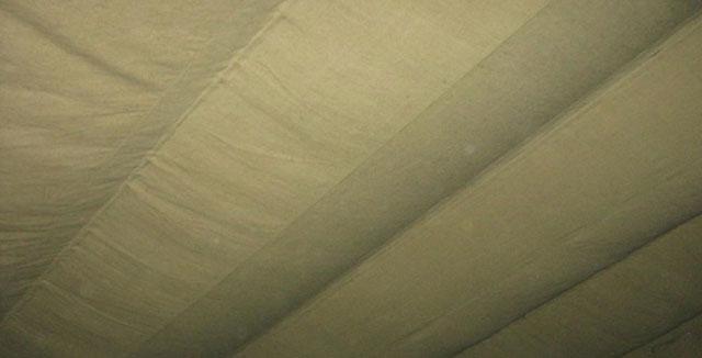 брезент на потолок