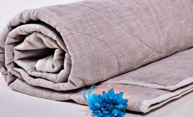 Одеяло из льна