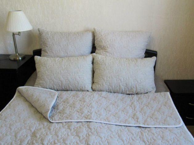 льняное одеяло с узорной строчкой каростеп